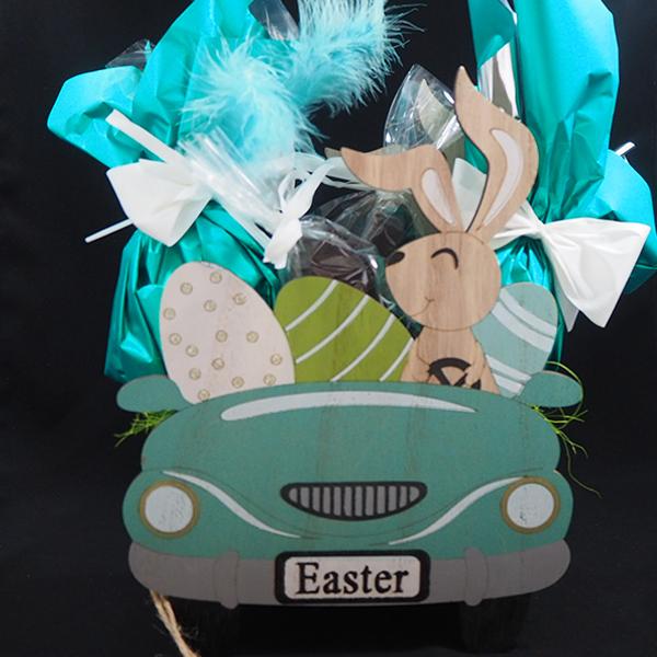 cotxe conillets de pasqua amb ous de xocolata artesanals