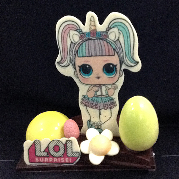 mona de pasqua de xocolata personatge dibuixos animats lol surprise