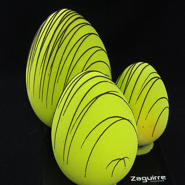 huevo de pascua de chocolate
