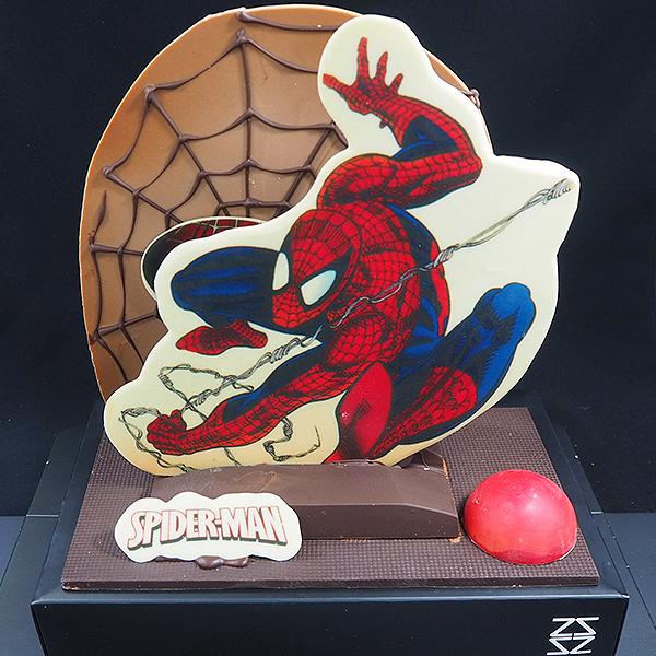 mona de pasqua de xocolata figura spiderman