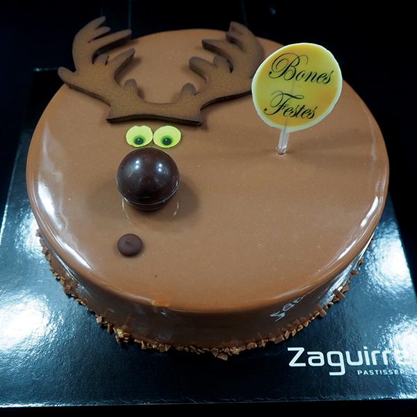 Tartas de Navidad y fin de año: mousse de avellana con chocolate blanco y caramelo